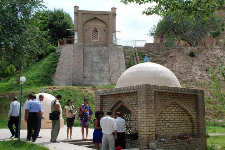 Mausoleum_Khoja_Daniyar_4