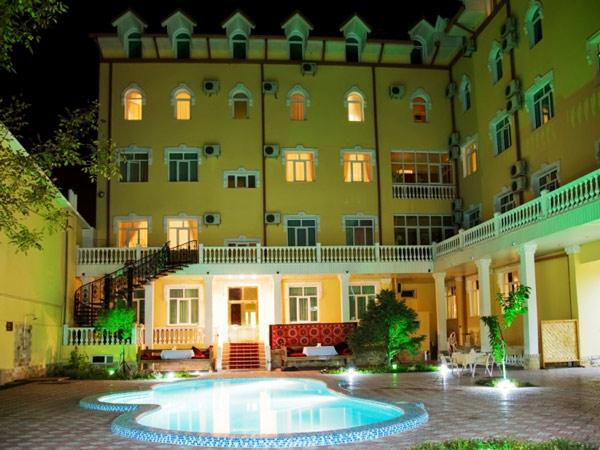 Retro-Palace-Hotel-Tashkent