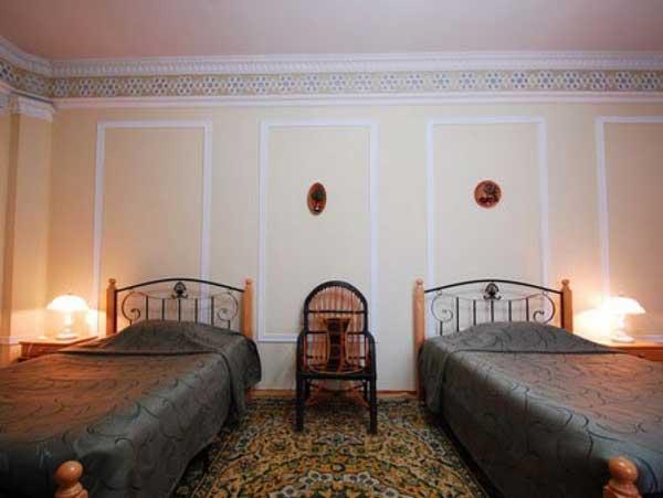 Toki-Zargaron-Hotel
