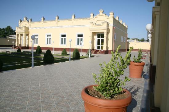 hotel-samarkand-plaza