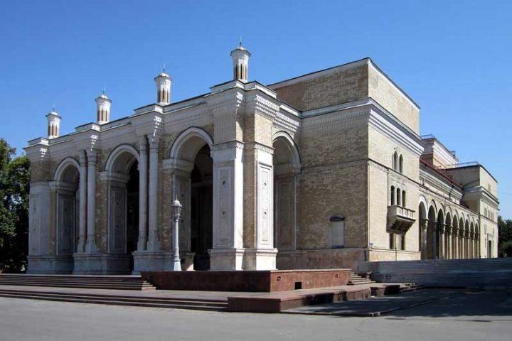 Alisher-Navoi-Opera-Theatre-1