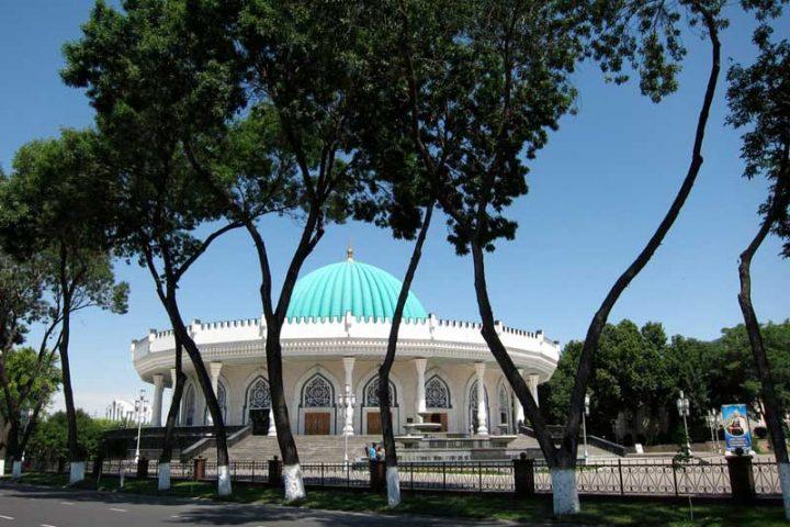 Amir-Temur-State-Museum-3