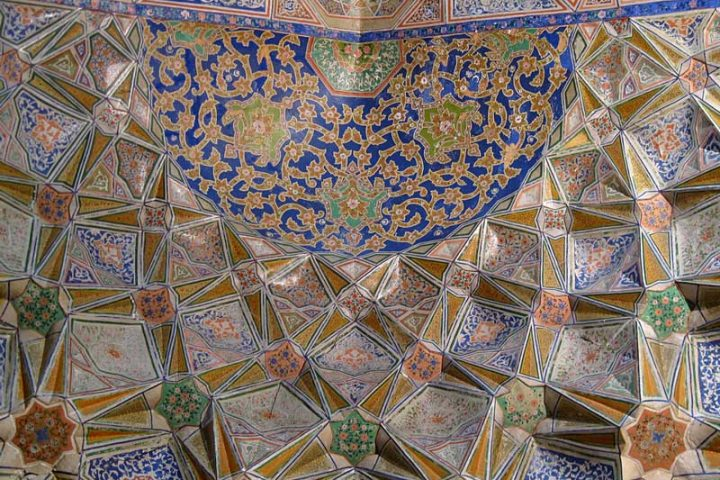 Bola-Hauz-Mosque-4