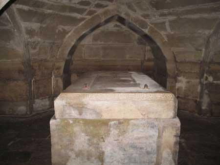 Crypt-of-Amir-Temur-4