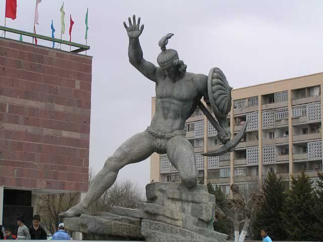 Farhad-Monument