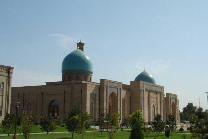 Hazrati-Imam-(Hast-Imam)-Complex