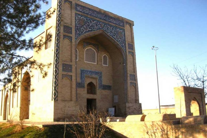 Kaffal-Shashiy-Mausoleum-1