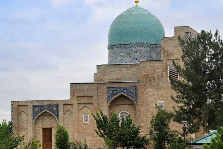Kaffal-Shashiy-Mausoleum-2