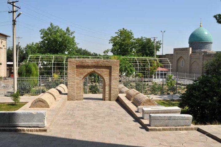 Kaffal-Shashiy-Mausoleum-4