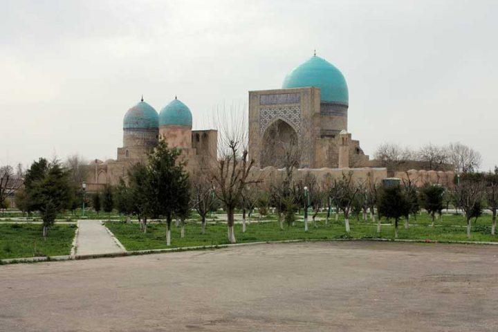 Kok-Gumbaz-Mosque