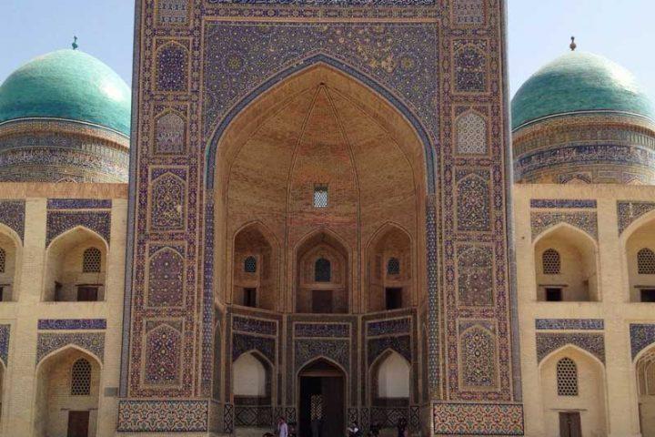 Muhammad-Amin-Khan-Madrasah-3
